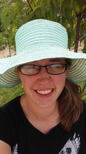 Mavis Mail – Amanda From Idaho Sends in Her Garden Pictures
