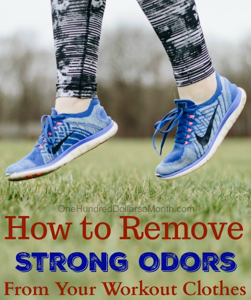 How to Remove Strong Odors From Your Workout Clothes