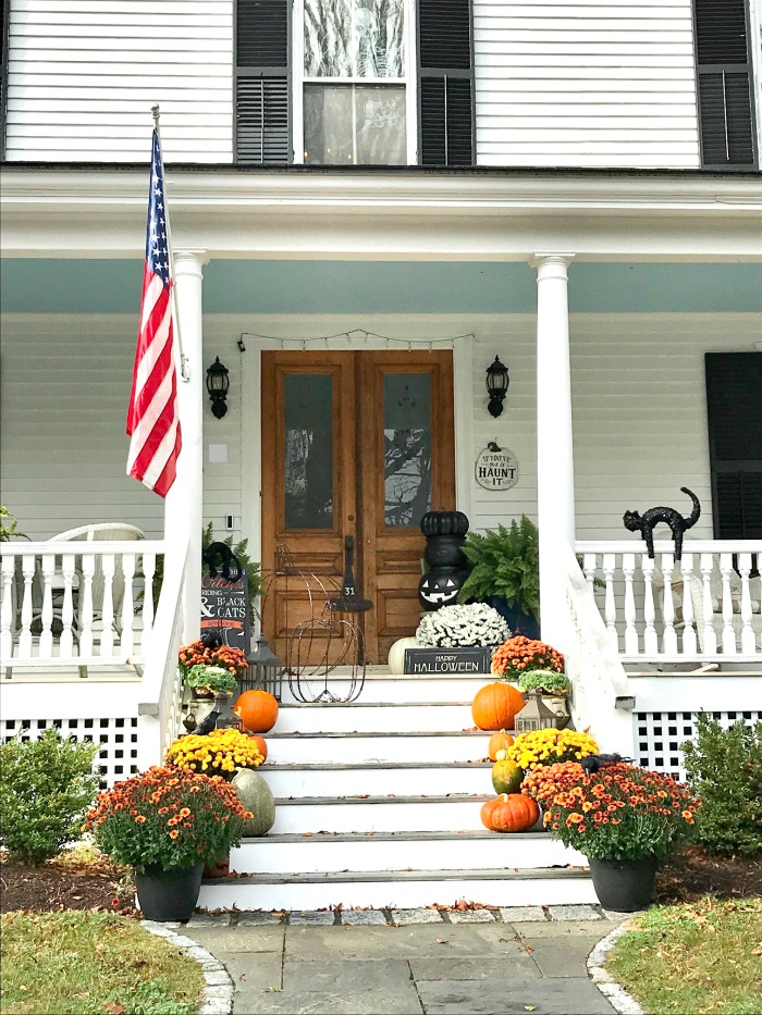 Maine In October – Front Porches, Fall Foliage and Spooky Decorations