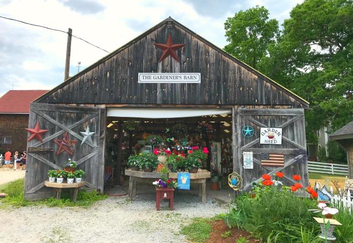 Beech Hill Farm and Ice Cream Barn in Hopkinton, New Hampshire