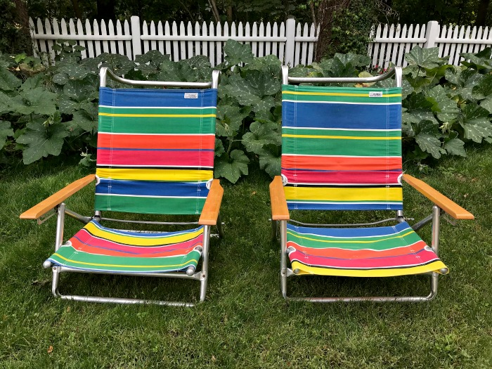 A Set of Beach Chairs for 2 Fried Chicken Dinners … What Do You Think?