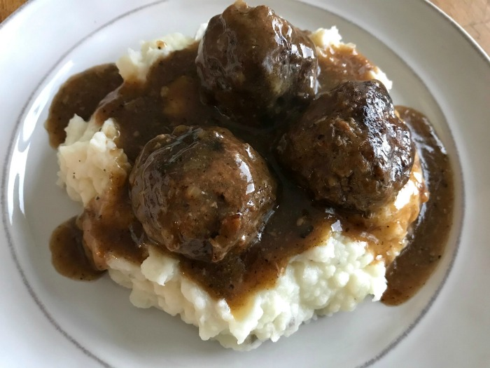 Recipe for Meatballs and Brown Gravy
