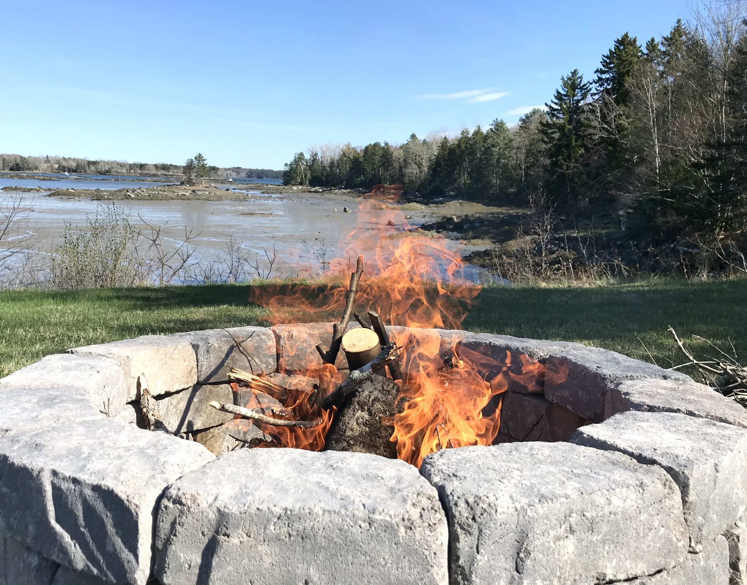 The HH Builds A Fire Pit For Under $130